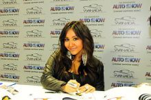 Snooki comes to Washington Auto Show - Jan. 31, 2011
