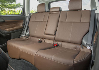 4Forester_rear_seating