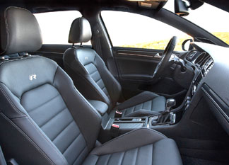 Golf_R_front_seating