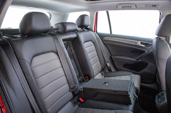 Golf_alltrack_rear_seating