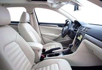 Passat_front_seating